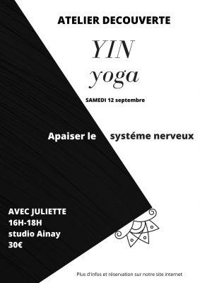 Yin yoga small